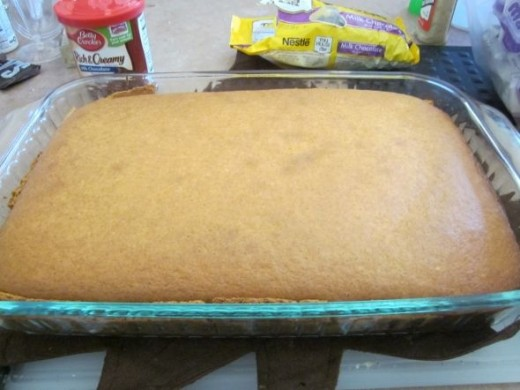 Cake Base From Cake Mix Makes Cupcakes Too