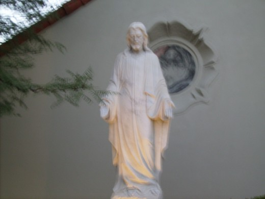 Statute of Christ in front of Our Savior's Lutheran Church in Tucson