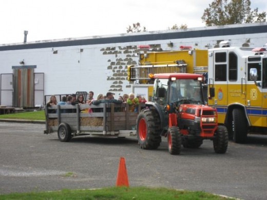 The Twin Rivers Hay Ride and the first responding fire engine are ready to go!