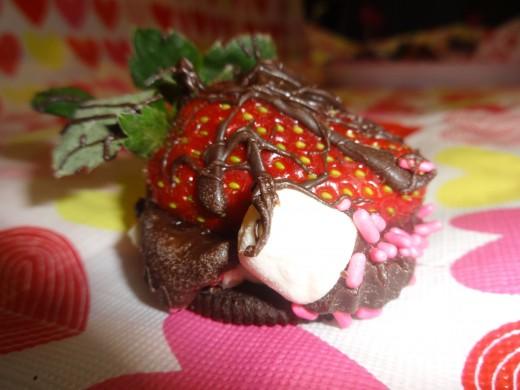 Chocolate Strawberry Cookie Smore