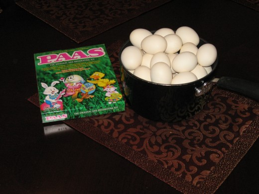 Eggs ready to dye