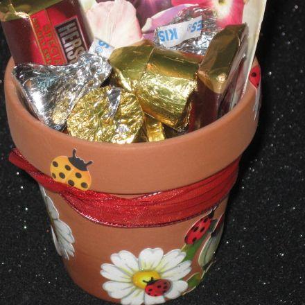 Garden pot from stickers - kid craft
