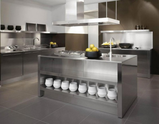 Very modern stainless steel kitchen.Photo courtesy of : topsandmore.com
