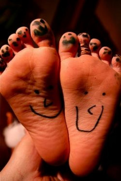 ★ Wiggle Your Toes Day | Fun Ways to Celebrate Your Feet | August 6th ★