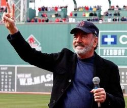 Neil Diamond, Fenway Park Boston, April 20, 2013