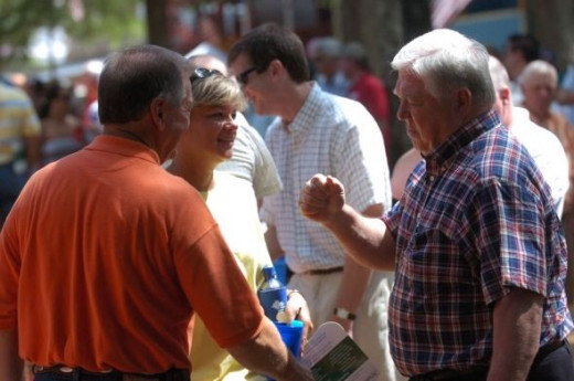Mississippi Governor Haley Barbour - doin' some grass roots politicin' at the fair
