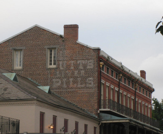 Ghost sign selling liver pills.