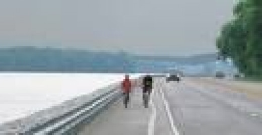 The Great River Road north of Alton, Illinois