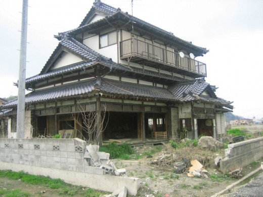 Once a beautiful Japanese style looking home.