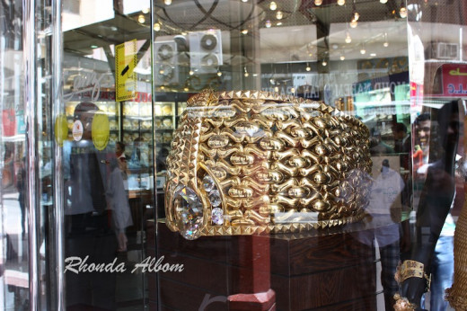 Worlds largest gold ring
