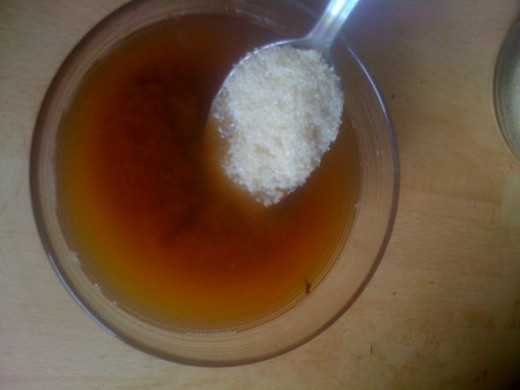 Add 3 tablespoons of raw sugar, or more/less to taste. Let the sugar dissolve.