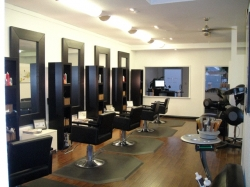 Matthew Ray Salon
