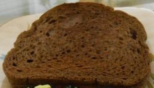 Dark rye bread is usually dairy and egg free.