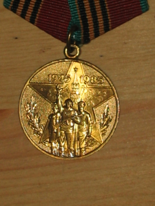 """USSR 40th Anniversary of WWII Medal - """"Russian Convoy Medal"""""""