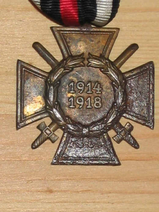 WWI Commemorative War Cross (Combatant) - Germany