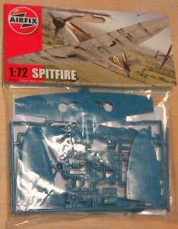 James May Toy Stories 2010 Airfix Supermarine Spitfire Mk1a