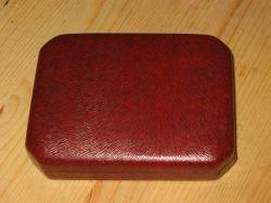 Maroon Stratton England cufflinks and studs box