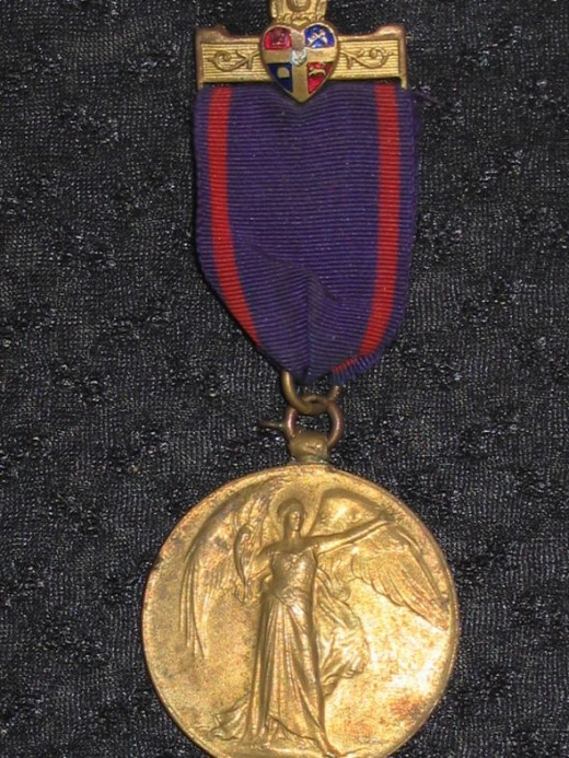 British WWI Victory Medal - non-regulation ribbon