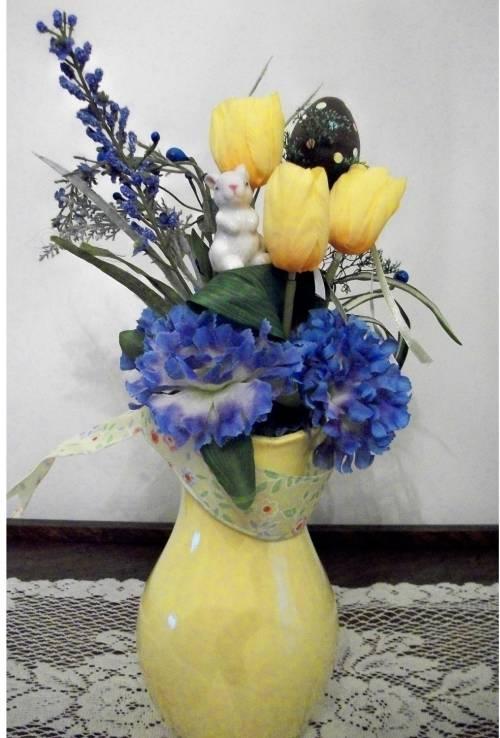 Spring Blue/Yellow Vase Arrangement