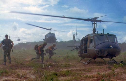 UH-1D Chopper Vietnam