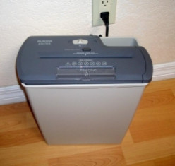 I Replaced My Old Paper Shredder with an Aurora