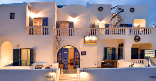 Summer Time Villa Hotel in Fira Santorini