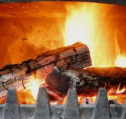 How to start a wood fire using your own fire starter