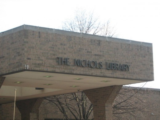 Nichols Public Library in downtown Naperville