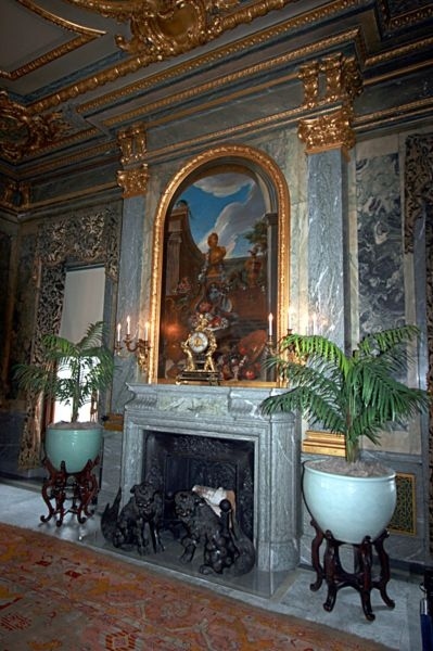 Fireplace in the main dining room of Mills Mansion
