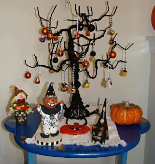 A Halloween tree is an easy to make craft!