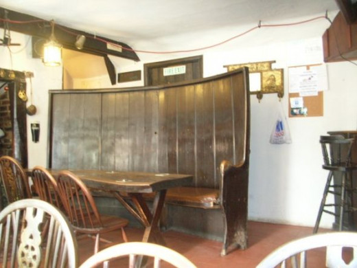 We can well imagine Alfred Tennyson seated in one of these vintage pub seats enjoying an evening drinking with friends.