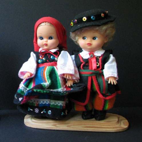 One of several sets of costumed dolls - baby-doll style - bought in a Cepelia shop.  This couple is dressed in the Lowicz-style from central Poland near Warsaw.  Items like these can be wrapped in sweaters or tee-shirts and placed in the middle of a