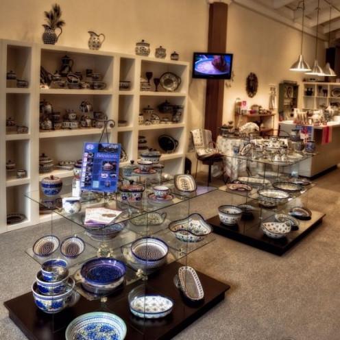 Polish Pottery shop in Port Townsend,  Washington.  With permission of Janusz Leszczynski Photography