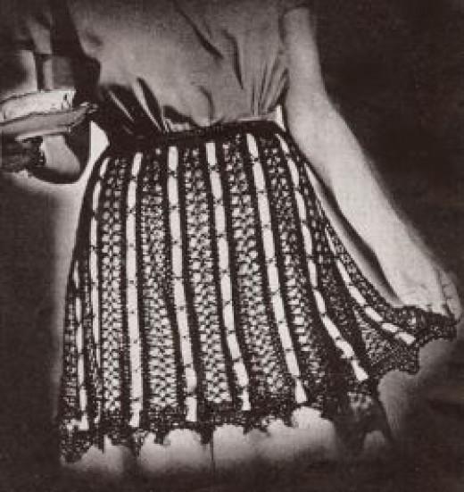 Vintage Black Lace Apron Crochet Pattern
