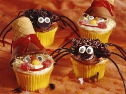 Garlic Press Spider Cupcakes