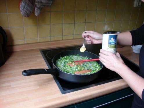 I season my leek and potato soup with Vegeta