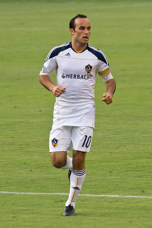 Landon Donovan plays a competitve match for Los Angeles Galaxy Wikipedia