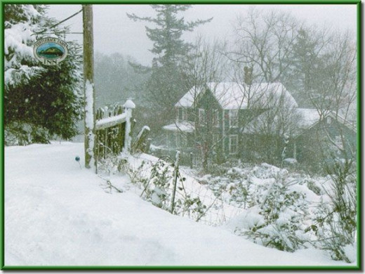 winter welcome to Turtleback Farm Inn