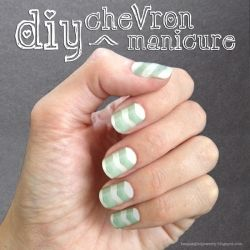 chevron manicure, nail art, how to, tutorial, DIY, nails, mint and white, chevron design