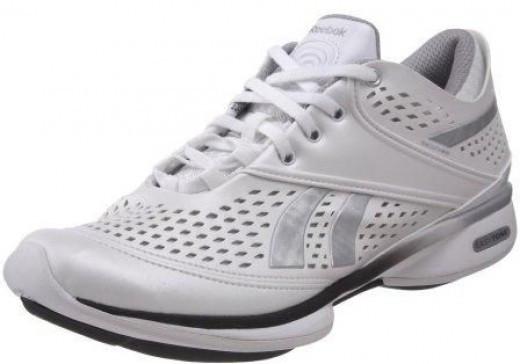 Reebok Women's Easytone Sensation Walking Shoe