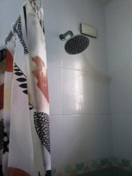 shower | Chelle (silkwormy)