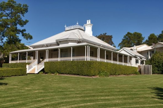 The queenslander house colonial australian architecture for New home designs brisbane