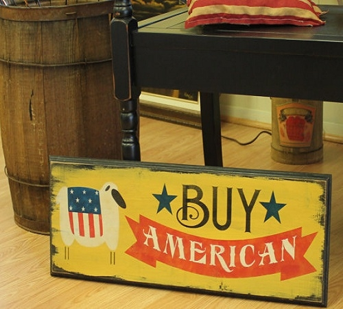 From the Etsy shop, The Gingerbread Shoppe, comes this vintage-inspired wood sign to 'Buy American'.  Ideal for any Americana enthusiast.
