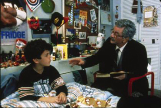 Introduction to the movie with a young boy (Fred Savage) and his grandfather (Peter Falk) tells the tale of a Princess Bride.