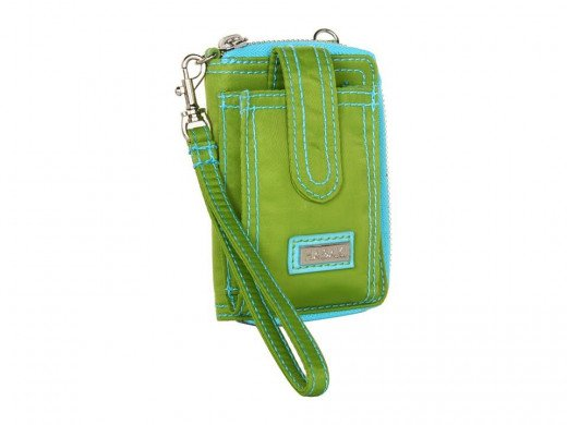 Both the straps can be removed and use it just as a wallet for your handbag.