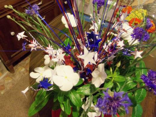 For the blue I used blue corn flowers. Photos by Favored1.