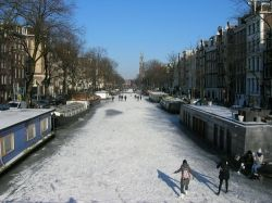 Iceskating on Prinsengracht; Februari 2012