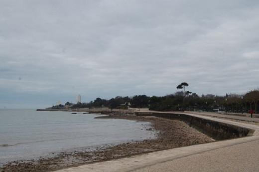 Promenade along the coast at La Rochelle