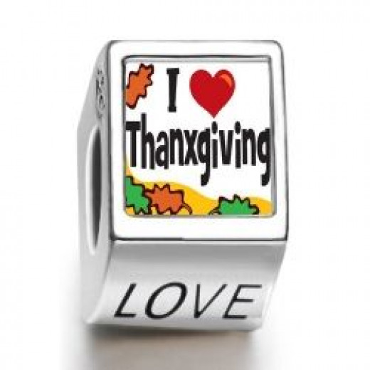 A Thanksgiving Day charm bead