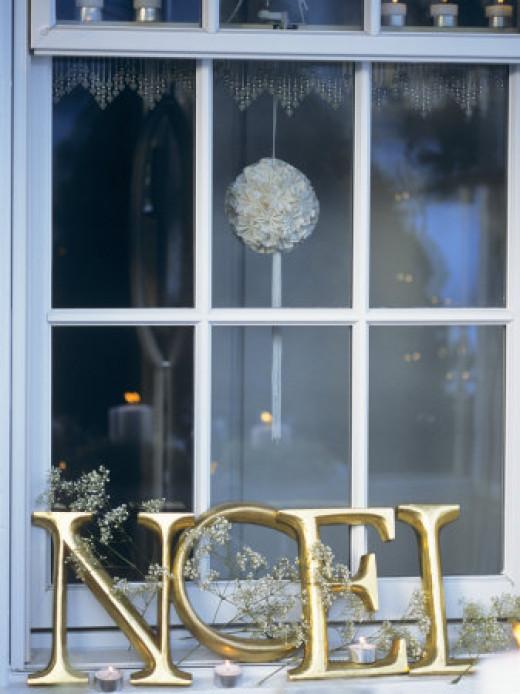 French Christmas Window Decoration